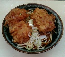 我孫子駅名物弥生軒の唐揚げそば(2個入り)!
